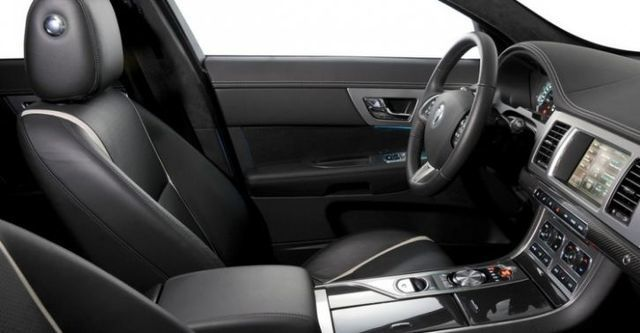2015 Jaguar XF 2.0i Premium Luxury Dynamic  第9張相片