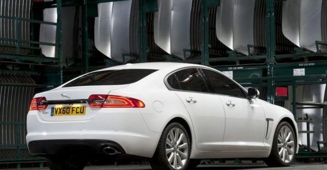 2014 Jaguar XF 2.0i  第3張相片