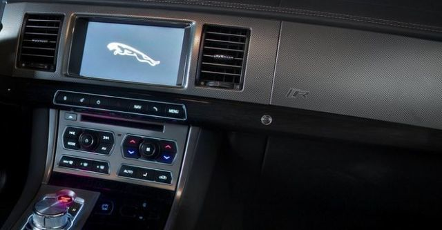2014 Jaguar XF R 5.0 V8 SC  第10張相片