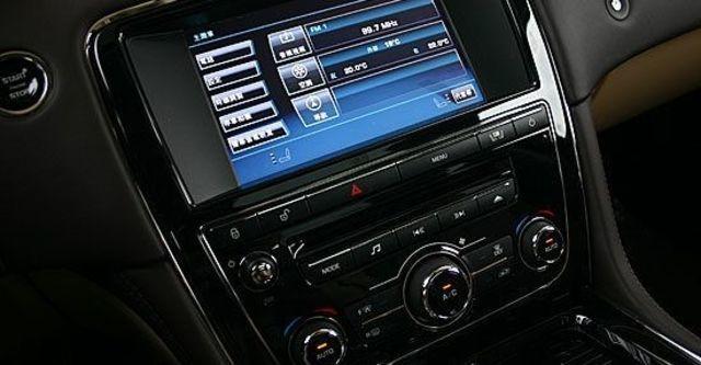 2013 Jaguar XJ Luxury  第6張相片