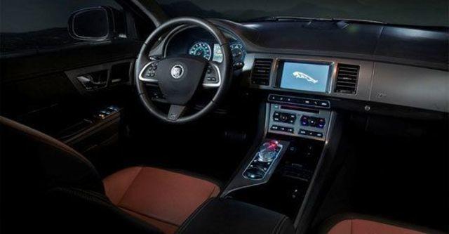 2012 Jaguar XF R 5.0 V8 SC  第4張相片