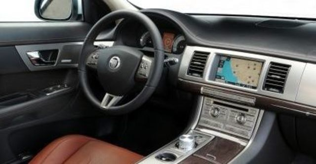 2011 Jaguar XF 3.0 V6 Luxury  第10張相片