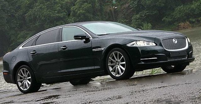 2011 Jaguar XJ 3.0 SuperV6 LWB Premium  第1張相片