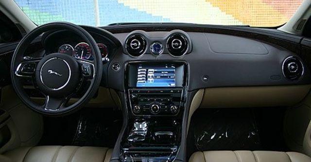 2011 Jaguar XJ 3.0 SuperV6 LWB Premium  第9張相片