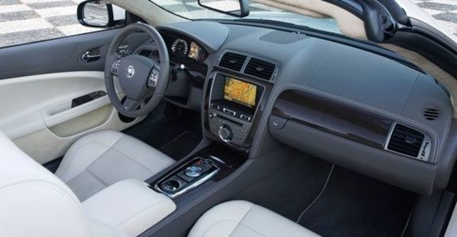 2011 Jaguar XKR 5.0 V8 SC Convertible  第9張相片