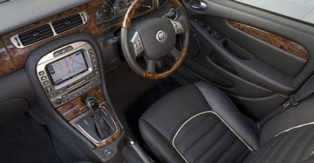2010 Jaguar X-Type 3.0 AWD  第8張相片
