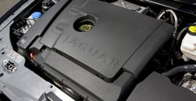 2010 Jaguar X-Type 3.0 AWD  第9張相片