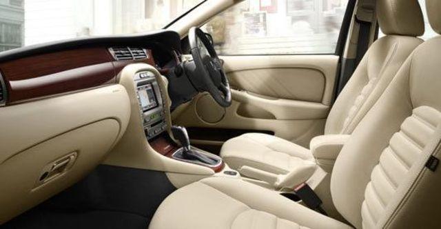 2010 Jaguar X-Type 3.0 AWD  第10張相片