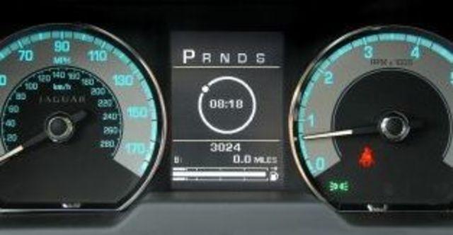 2010 Jaguar XF 3.0 TDV6 Premium  第6張相片