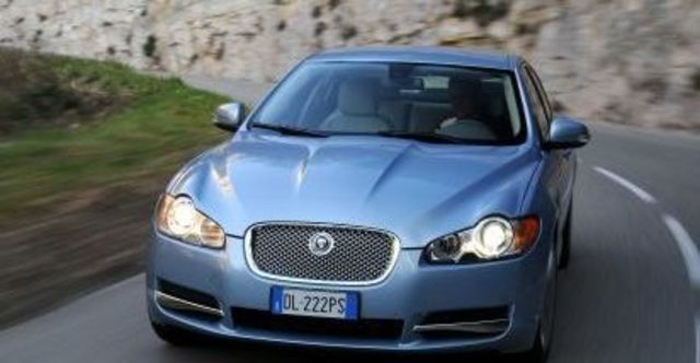 2010 Jaguar XF 3.0 TDV6 Premium  第8張相片