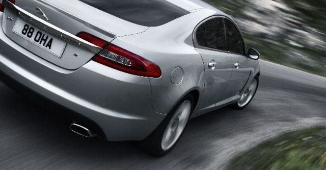 2010 Jaguar XF 3.0 TDV6 Premium  第11張相片