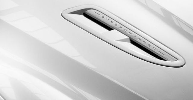 2010 Jaguar XF R 5.0 V8  第4張相片