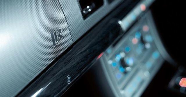 2010 Jaguar XF R 5.0 V8  第6張相片