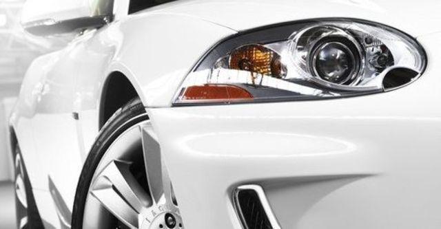 2010 Jaguar XKR 5.0 V8  第3張相片