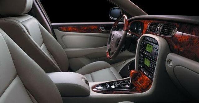 2009 Jaguar Sovereign 4.2  第8張相片
