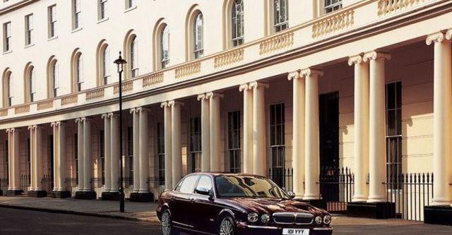 2008 Jaguar Daimler 4.2S  第1張相片