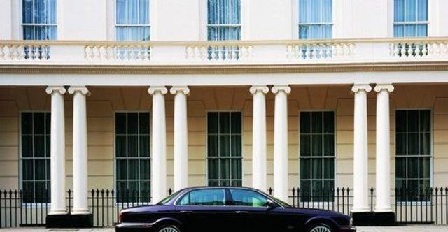 2008 Jaguar Daimler 4.2S  第4張相片