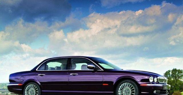 2008 Jaguar Daimler 4.2S  第6張相片