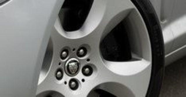 2008 Jaguar XF 4.2 SV8  第5張相片
