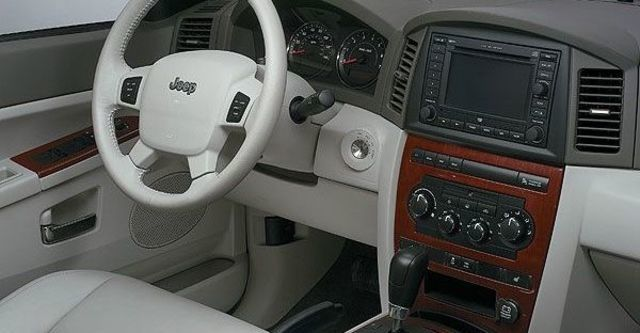2009 Jeep Grand Cherokee 3.7  第3張相片