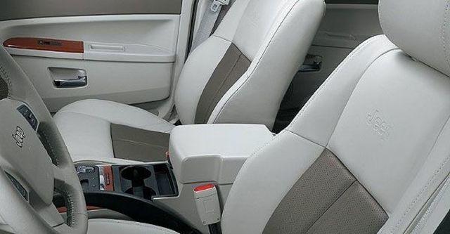 2009 Jeep Grand Cherokee 3.7  第5張相片