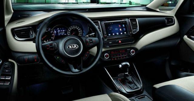 2015 Kia Carens 科技版  第6張相片