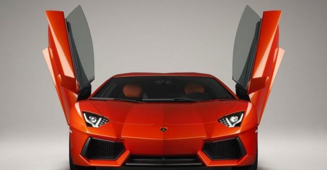 2014 Lamborghini Aventador LP 700-4  第2張相片