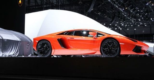 2012 Lamborghini Aventador LP 700-4  第2張相片