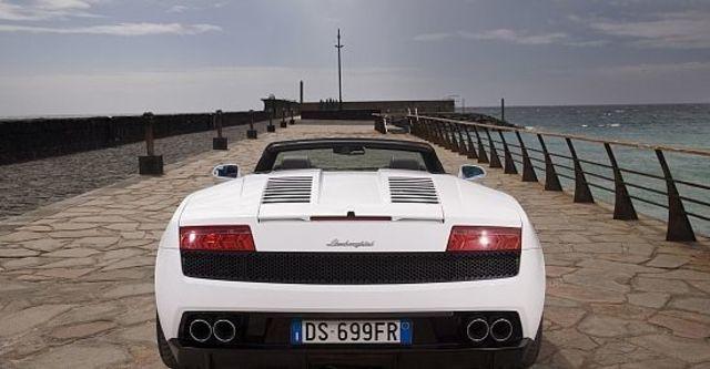 2012 Lamborghini Gallardo LP 560-4 Spyder  第8張相片