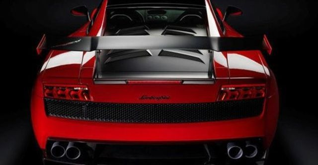 2012 Lamborghini Gallardo LP 570-4 Super Trofeo Stradale Coupe  第14張相片