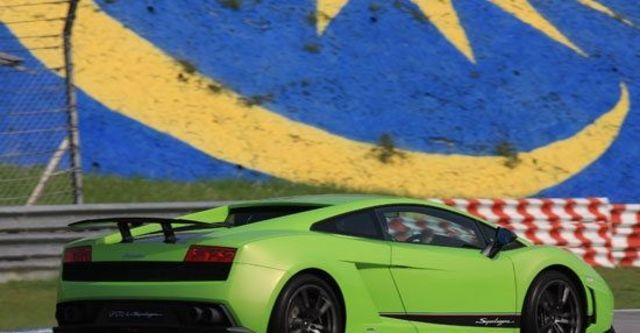 2012 Lamborghini Gallardo LP 570-4 Superleggera Coupe  第3張相片