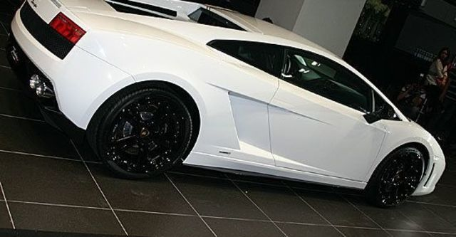2011 Lamborghini Gallardo LP 550-2 Tricolore Coupe  第4張相片
