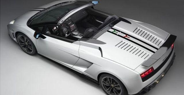 2011 Lamborghini Gallardo LP 570-4 Spyder Performante  第4張相片