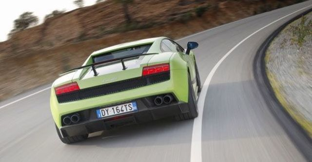2011 Lamborghini Gallardo LP 570-4 Superleggera Coupe  第3張相片