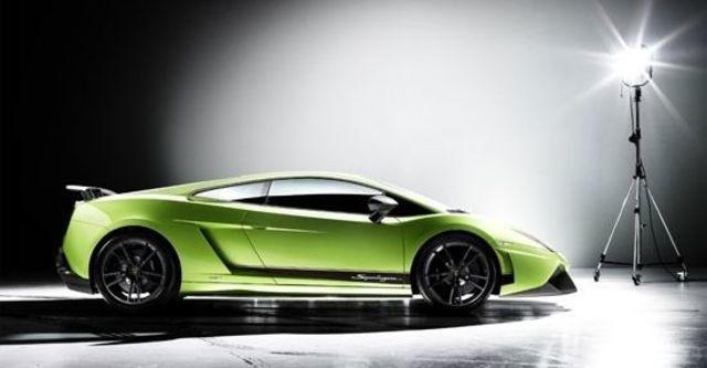 2010 Lamborghini Gallardo LP570-4 Superleggera  第7張相片