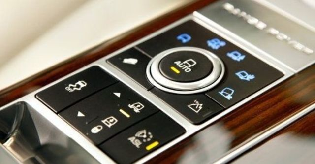 2013 Land Rover Range Rover 3.0 V6 SC HSE  第10張相片