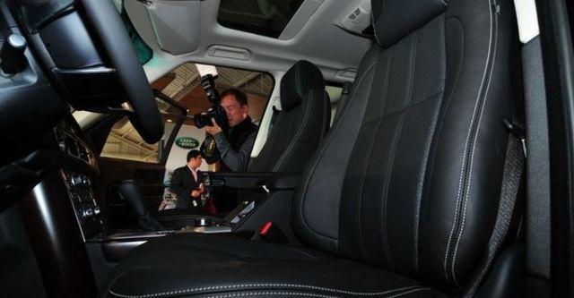 2010 Land Rover Rang Rover 5.0 V8  第11張相片