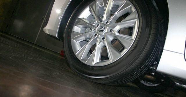 2015 Lexus ES 250頂級版  第2張相片
