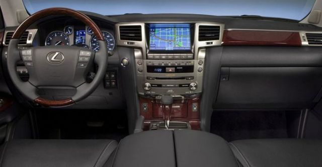 2015 Lexus LX 570車頂置物架版  第7張相片
