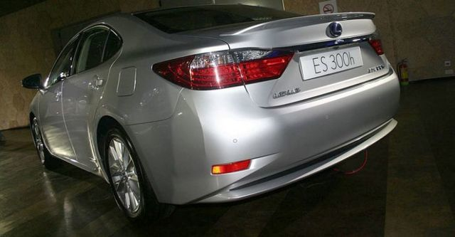 2014 Lexus ES 300h旗艦版  第2張相片