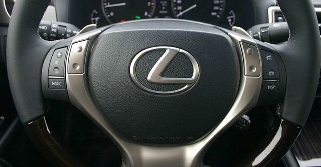 2014 Lexus GS 300h豪華版  第9張相片