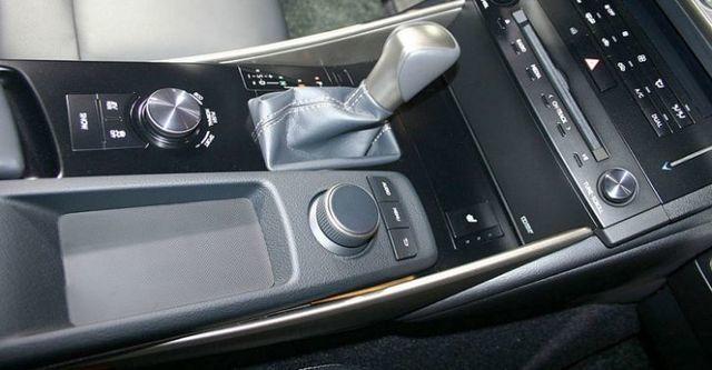 2014 Lexus IS 300h F Sport版  第5張相片