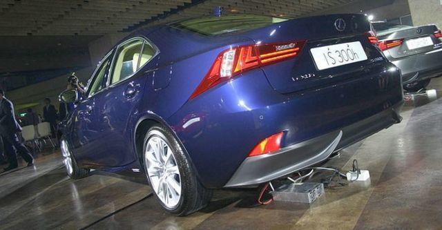 2014 Lexus IS 300h豪華版  第2張相片