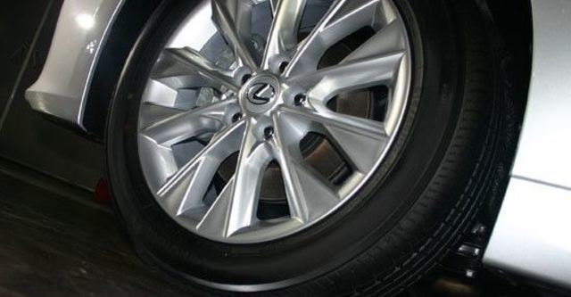 2013 Lexus ES 300h頂級版  第8張相片