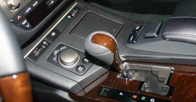 2013 Lexus ES 300h頂級版  第12張相片