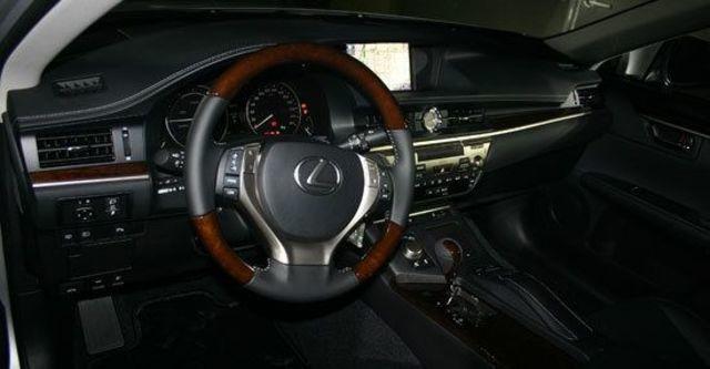 2013 Lexus ES 350旗艦版  第3張相片