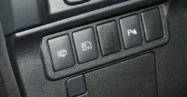 2013 Lexus ES 350旗艦版  第12張相片