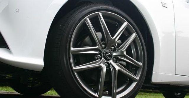 2013 Lexus IS 300h F Sport Navi版  第4張相片