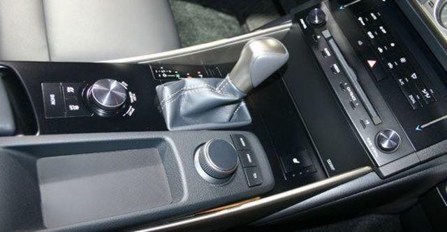2013 Lexus IS 300h F Sport版  第6張相片