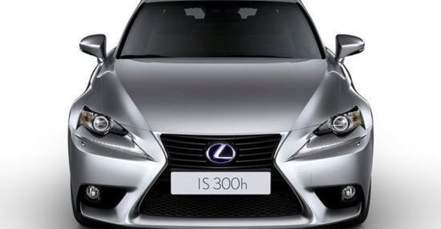 2013 Lexus IS 300h豪華版  第2張相片